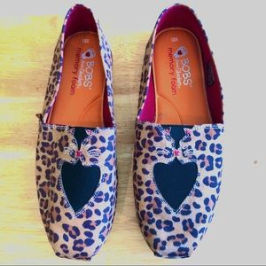 Bobs for Sketchers Kissing Cat Shoes